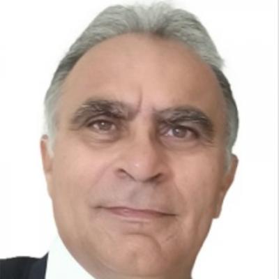 Professor Tinoco Luna